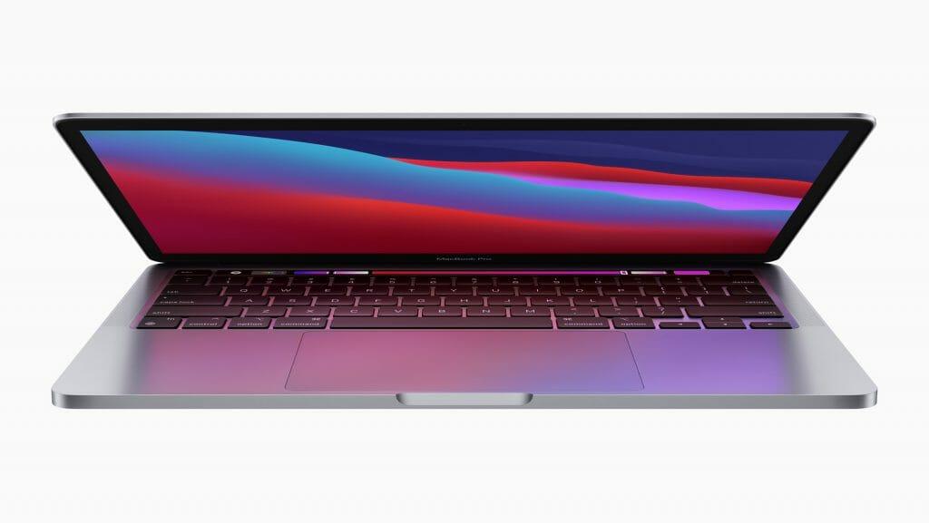 M1を搭載した13インチMacBook Proは最大2.8倍高速。だから、ユーザーは驚くほど簡単にコードをコンパイルできます。